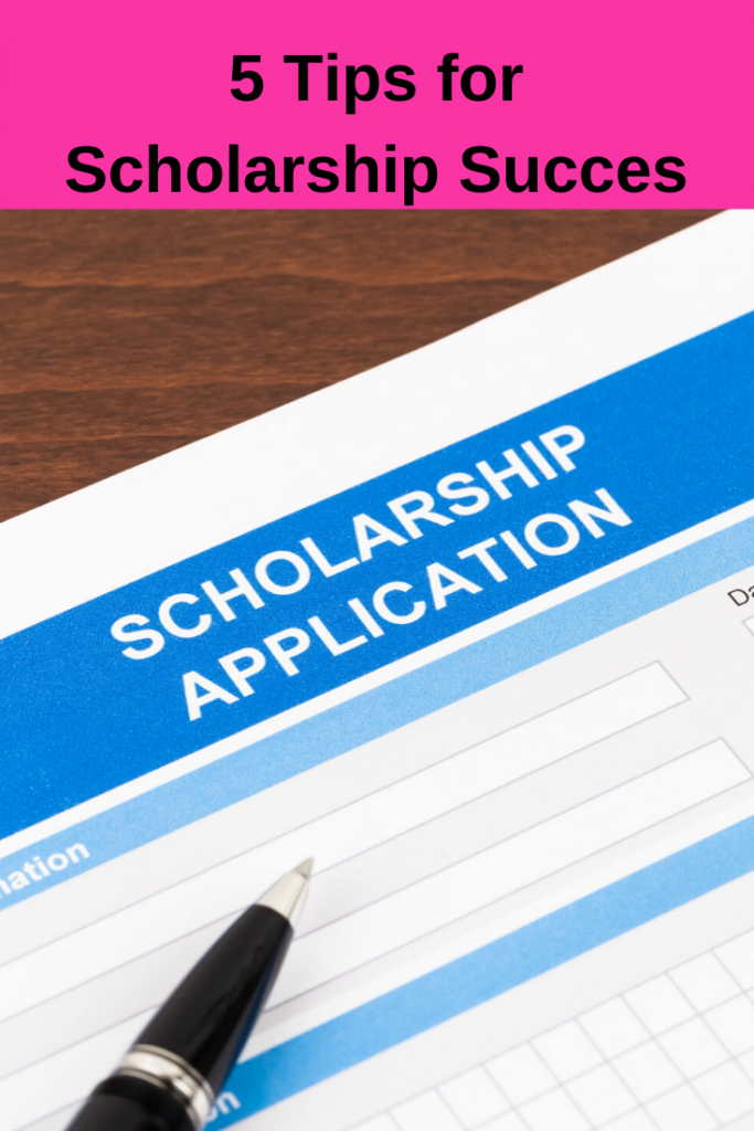 These 5 tips for scholarship applications will make the process easier while helping you and your child be organized and successful!